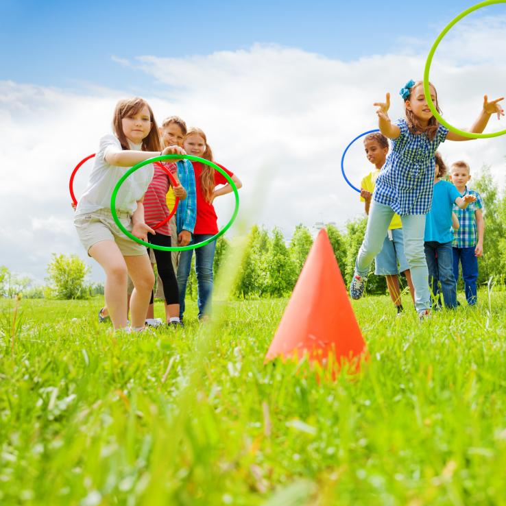 Activiteiten en kampen tijdens schoolvakanties